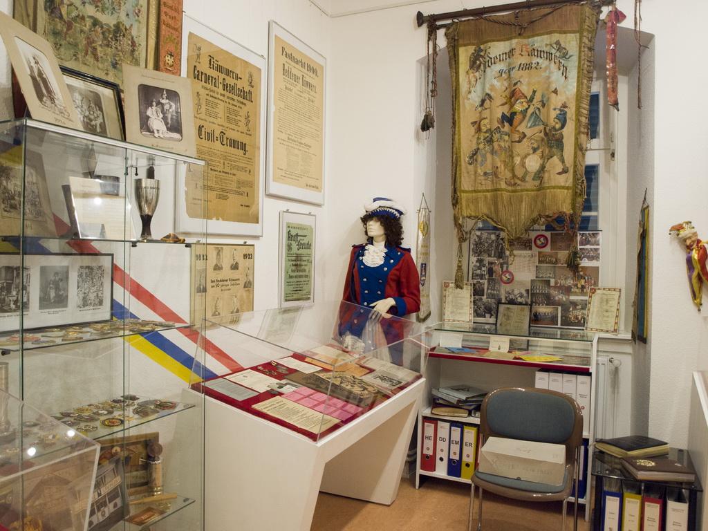 """Eröffnung des """"Klaa Pariser Fastnachtsmuseum"""""""
